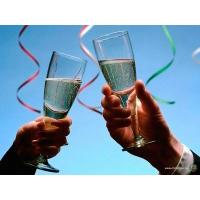 При покупке проектора - шампанское в подарок!